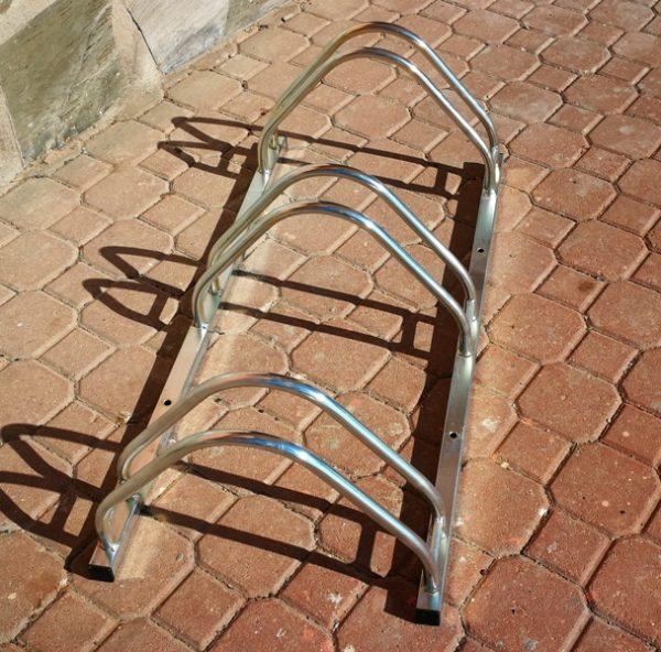 Posabicicletas de hierro para mobiliario urbano