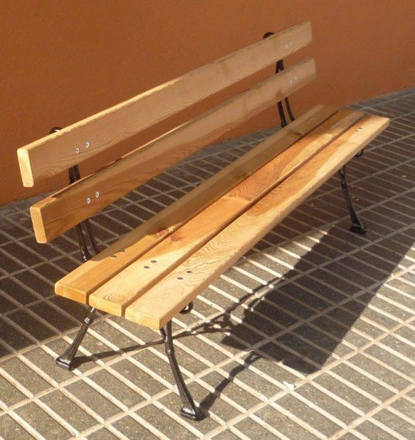 Comprar muebles de madera para jardín