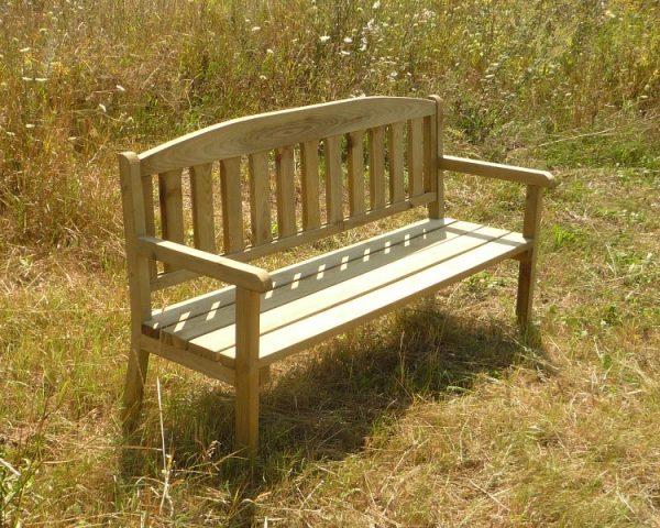 Bancos de madera para mobiliario urbano