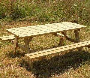 Mesa picnic de madera para exterior, referencia 01VLN4001