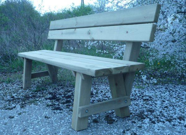 Venta de bancos de madera