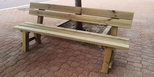 Banco exterior madera tratada para exteriores. Venta de muebles para jardín de madera. Bancos con respaldo para áreas picnic.