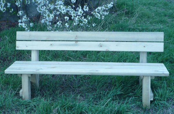 Mobiliario de madera para jardín